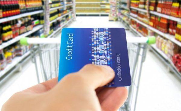 Пазаруване с дебитни или кредитни карти