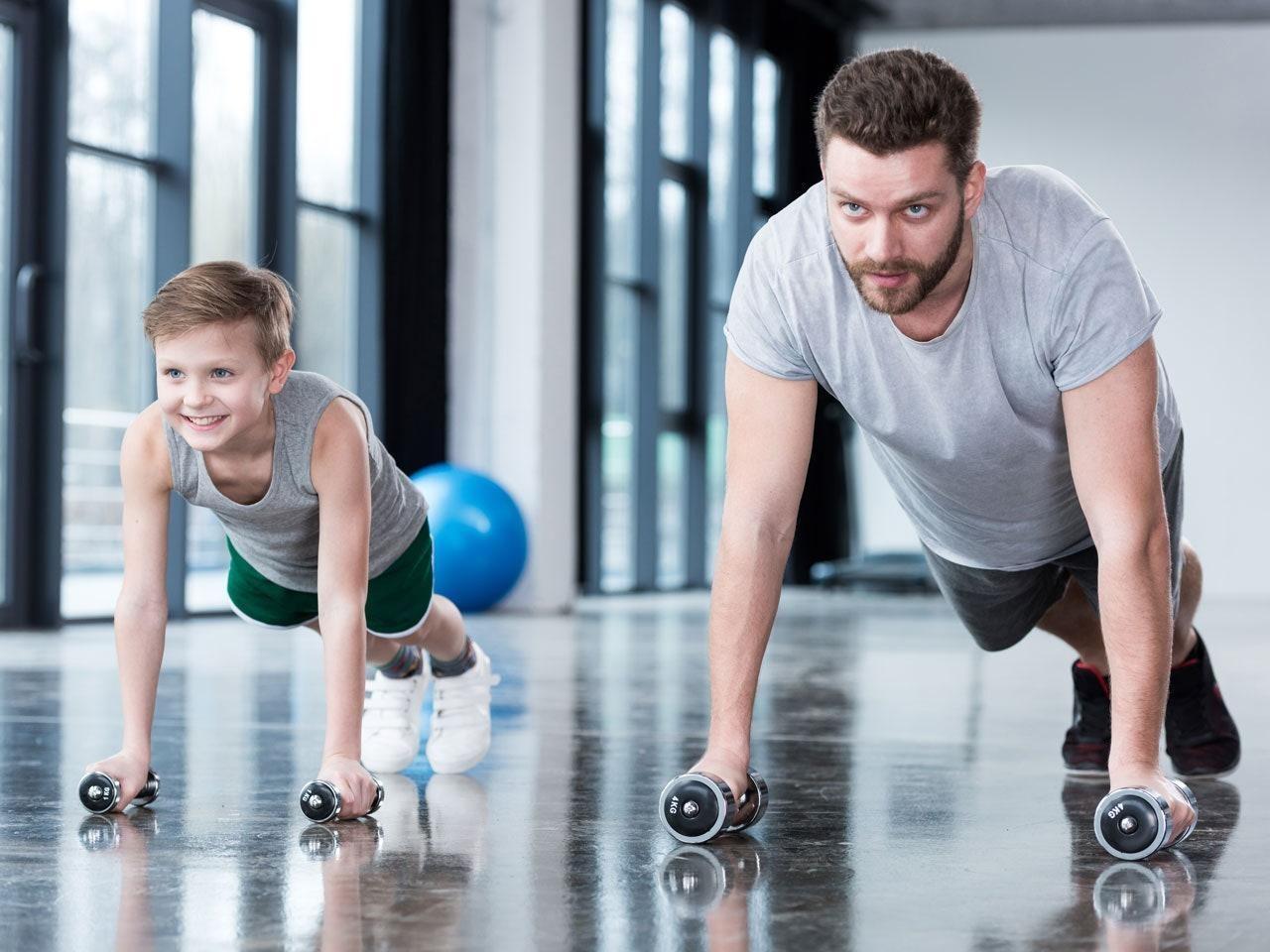 Облечи се спортно и тренирай вкъщи