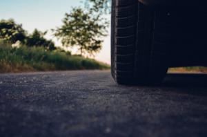 Какво да гледаме при закупуване на бусови гуми?
