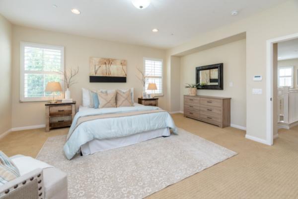 Особености при избор на спални комплекти
